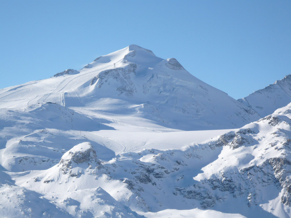 Start of 2011-2012 season in Val d'Isere 1