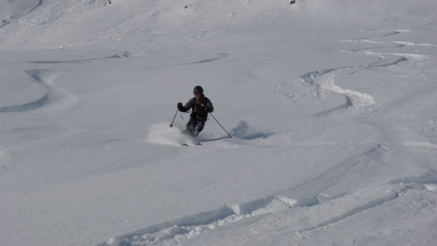 OFF PIST SKIING IN VAL D'ISERE 5