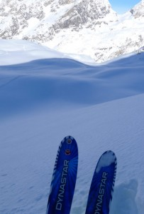 OFF PIST SKIING IN VAL D'ISERE 1