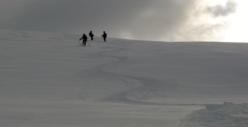 Powder snow and Off Piste skiing in Val d'Isère. 2