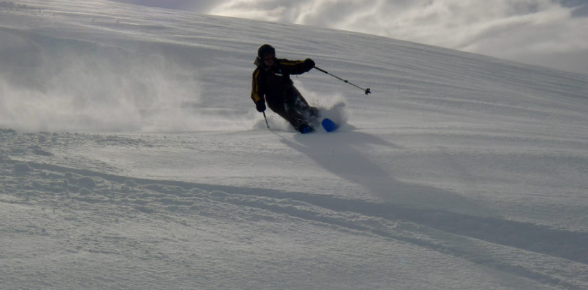 Powder snow and Off Piste skiing in Val d'Isère. 4