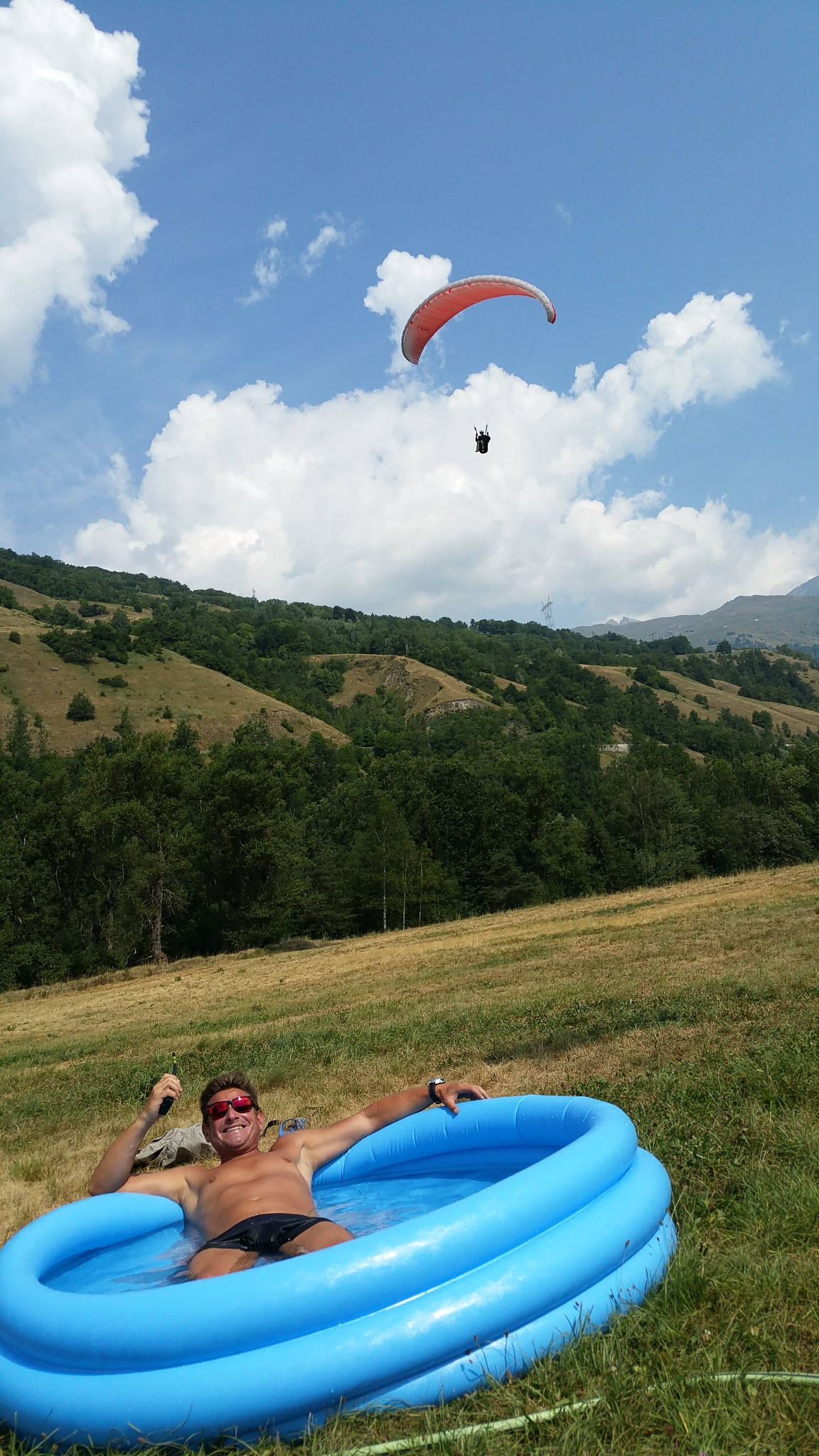 Unbelievable July month for paragliding. 5
